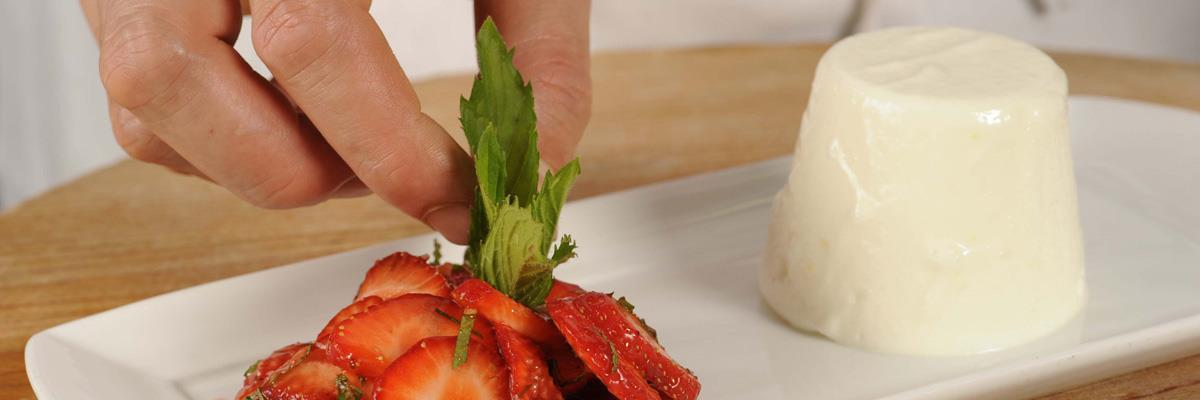 Yogurt mousse with marinated strawberry and mint salad