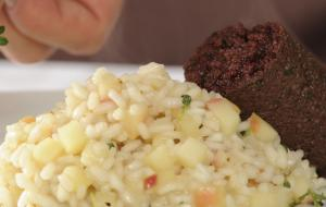 Apple risotto with lemon thyme and blood sausage